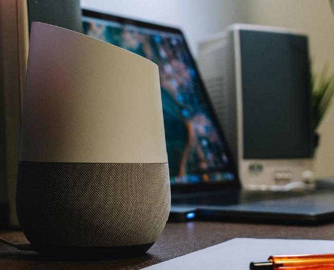 نصائح لاستخدام مكبرات الصوت الذكية للتعلم عن بعد