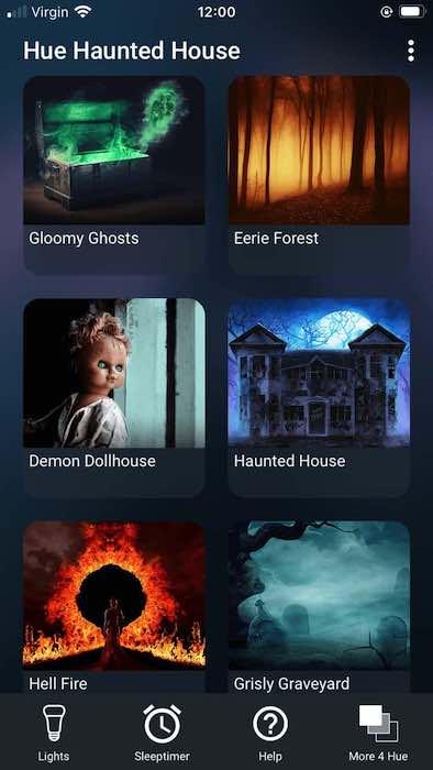 ह्यू हॉन्टेड हाउस में डरावना लाइट शो की एक श्रृंखला है, जिसमें दानव गुड़िया घर और गंभीर रूप से कब्रिस्तान शामिल हैं।