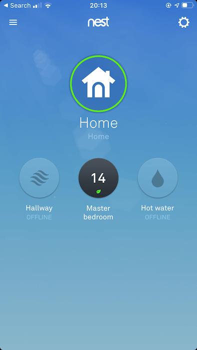يمكنك عرض جميع أجهزة تنظيم الحرارة من Nest ، داخل تطبيق Nest لنظامي التشغيل Android و iOS.