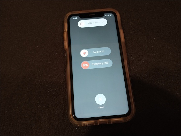 كيفية إيقاف تشغيل اي فون اسحب قبالة