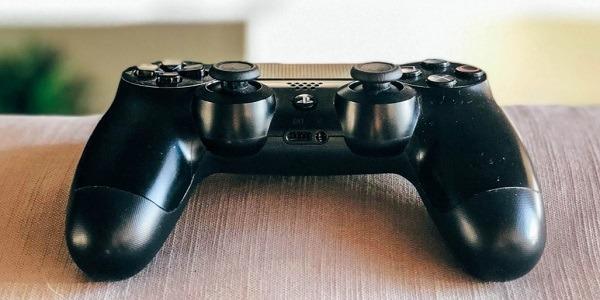 كيفية توصيل جهاز التحكم في نظام PS4 بجهاز Android Play