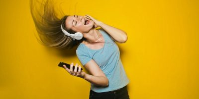 Top Apps Identifying Music Featured
