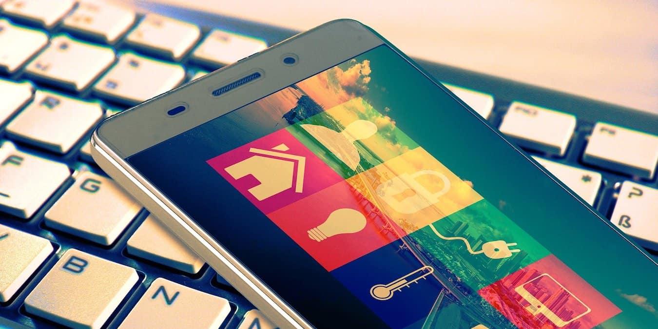 smart-living-mobile-phone-1.jpg