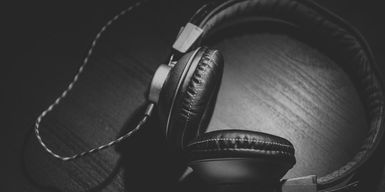 useful-web-radio-stations-featured.jpg