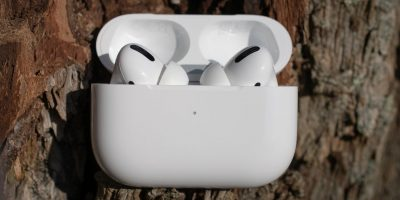 Check Airpods Battery Life Featured