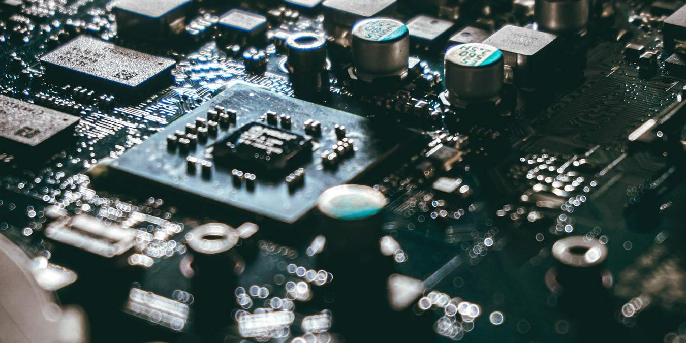 www.maketecheasier.com